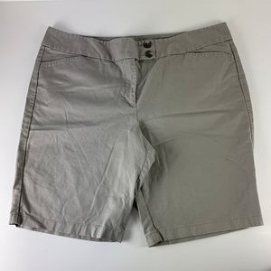 Ann Taylor Sz 18 Bermuda Gray Shorts Signature Fit